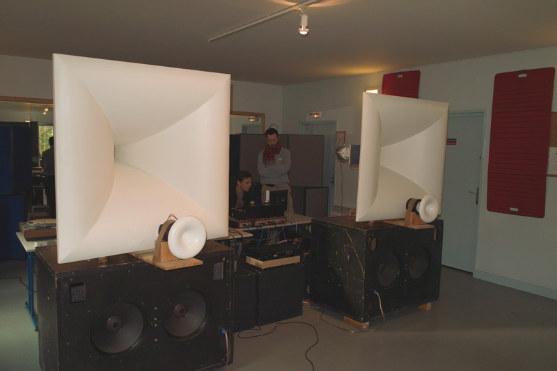 Hyperbolic mid/upper bass horn - Page 15 - diyAudio